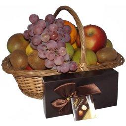 Cos cu fructe si ciocolata belgiana