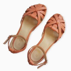 Sandale cu talpa joasa din piele naturala corai Savanna