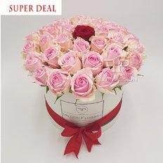 Amore Vero Million Flowers Box
