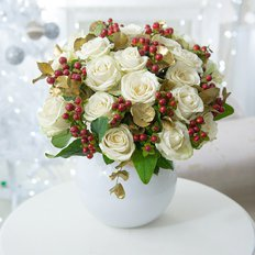 Send Luxury Christmas Bouquet to Milan | Real Local Florist FlorPassion