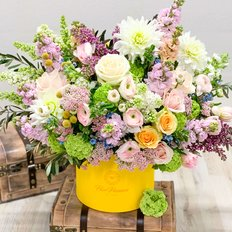 Luxury Spring Flowers Box | Luxury Collection | Best Online Flower Shop Milan