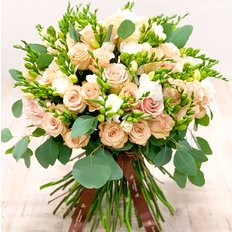 Peach Bouquet | Sending Flowers to Milan