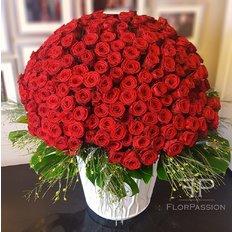 Grande composizione Rose Rosse San Valentino introvabile